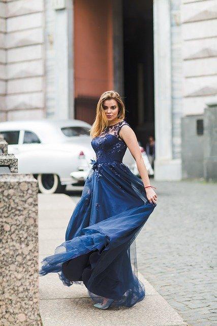 buty do niebieskiej sukienki