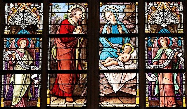 witraże w kościele